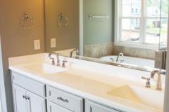 Master Bath - Lot 10 (2)